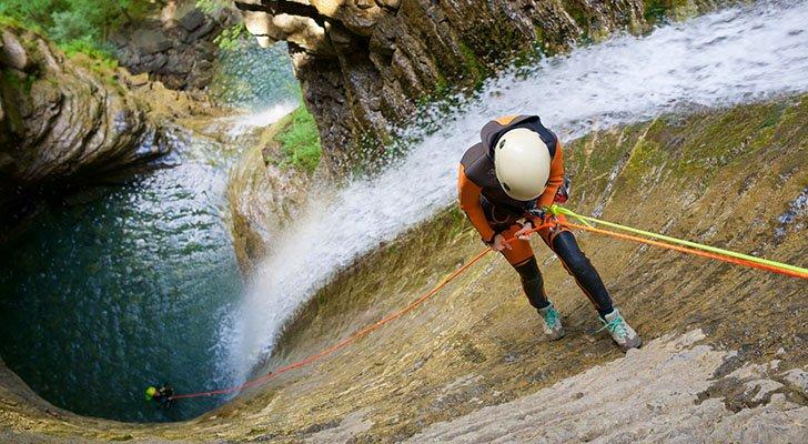 Canyoning für Anfänger: Einführung in die Extremsportart